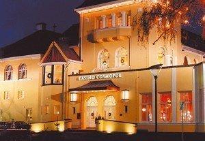 Casino Cosmopol Malmø Addresse: Slottsgatan 33, 211 33 Malmö, Sweden Tlf: +46 40 664 18 00 Åpent hele uken fra 13:00 til 04:00