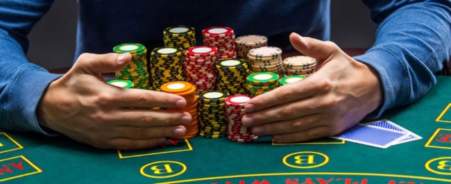 Man kan spille casinospill som baccarat og roulette hos Paddy Power