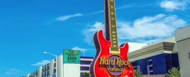 hard rock casino satser stort både online og i landbaserte casinoer